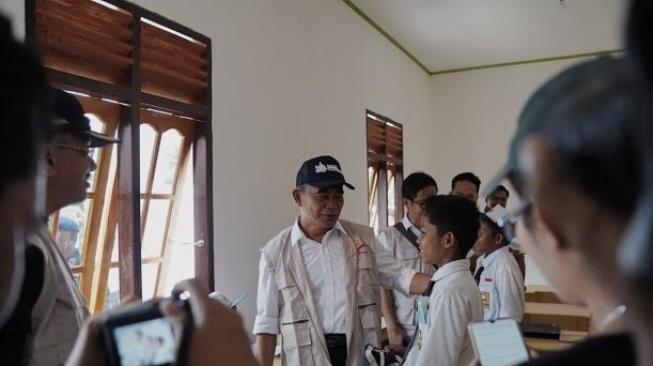 Puncak Bakti Nusantara, Resmikan SMPN 3 Satu Atap di Natuna
