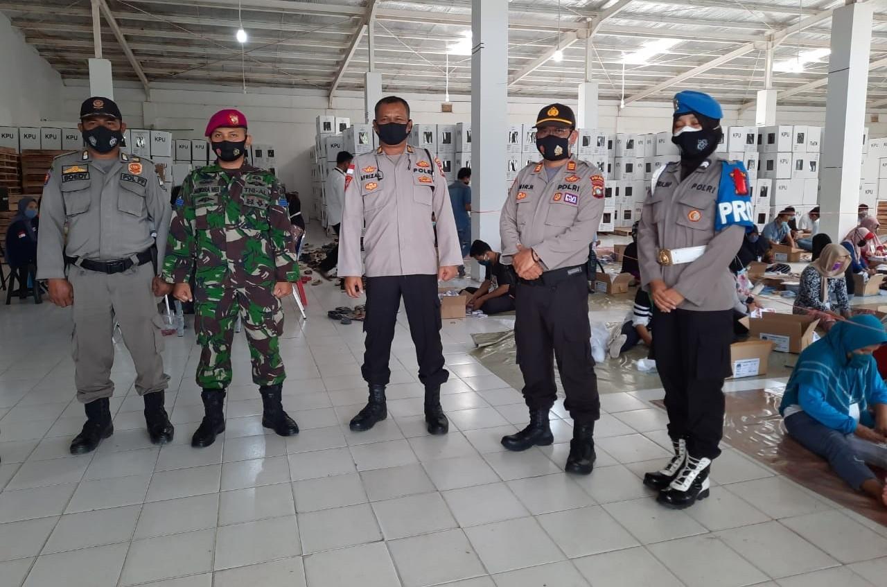 Jelang Pilkada Serentak, Polresta Barelang Perketat Pengamanan di Gudang Logistik KPUD Batam