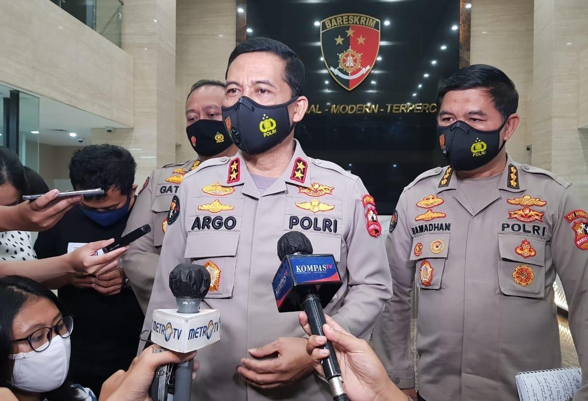 Jokowi Sodorkan Nama Calon Tunggal Kapolri ke DPR
