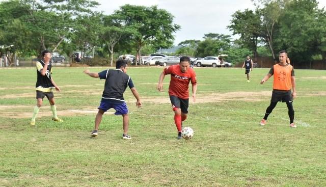 Dalam Rangka Hari Bhayangkara ke-74, Polda Kepri Gelar Pertandingan Sepakbola